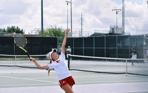 Varsity Team Tennis Serves up Success in New Season