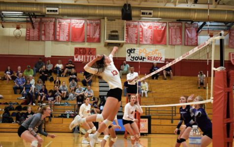 Varsity Volleyball Drops Two Games