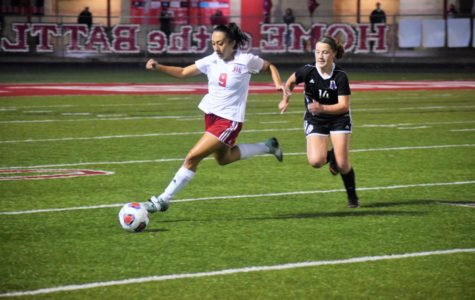 Girls' Soccer Hosts Hill Country Tournament