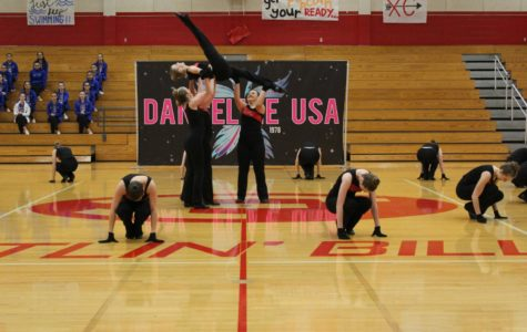 Red-Hotts Win Awards at Dance Competition