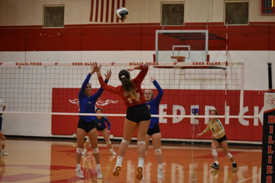 Varsity Volleyball Annihilates Poteet