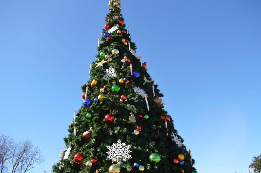 Three Weeks for Christmas: Good or Bad?