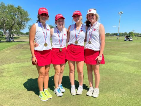 Girls won third place at golf regionals in Victoria and are headed to state in May.